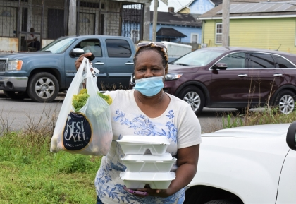 New Orleans food drive