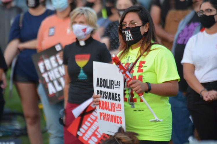 In Des Moines, community members take part in a #FreeThemAll action. Photo: Jon Krieg/AFSC