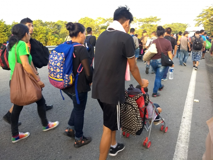 Migrants travel on foot through southern Mexico