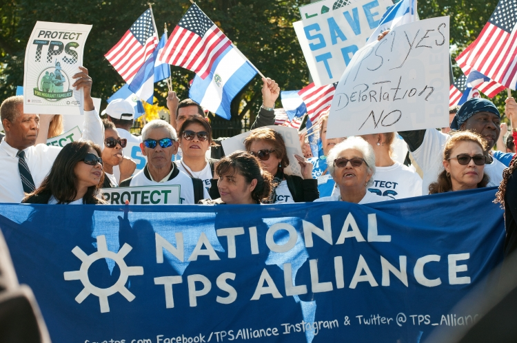 An interfaith coalition in Washington, D.C. works to protect TPS. Photo: Bryan Vana/AFSC