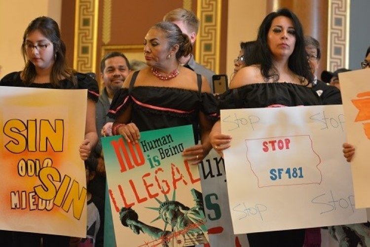 Iowans say no to SF481, anti-immigrant bill