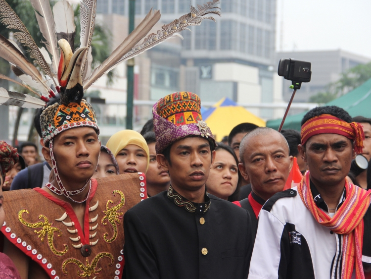 Small group of Indonesian Peace Torch marchers