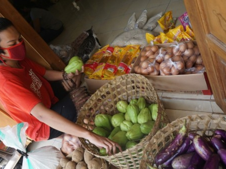 Food aid in Indonesia
