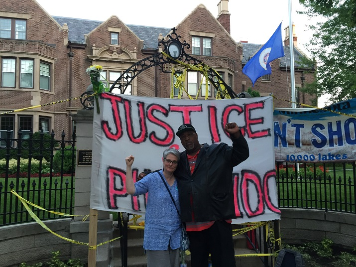 Justice for Philando Castile, Lucy Duncan and Jerry Elster at Gov.'s mansion in St. Paul, MN