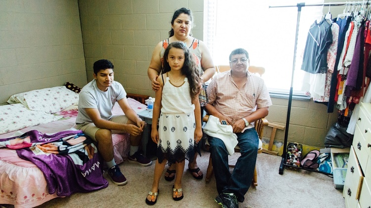 Juana with her family, credit Sanctuario film