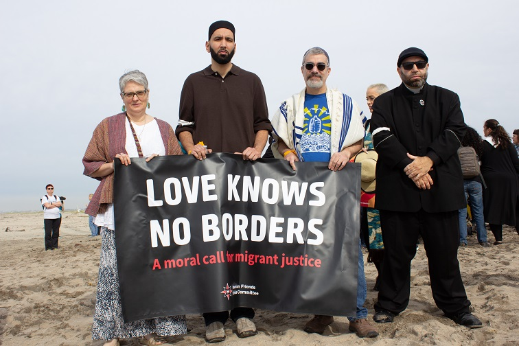 Love knows no borders on the beach