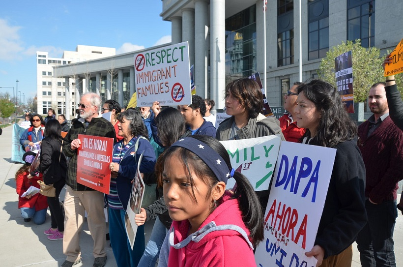 DAPA rally outside the Colorado Supreme Court (Photo: Gabriela Flora)