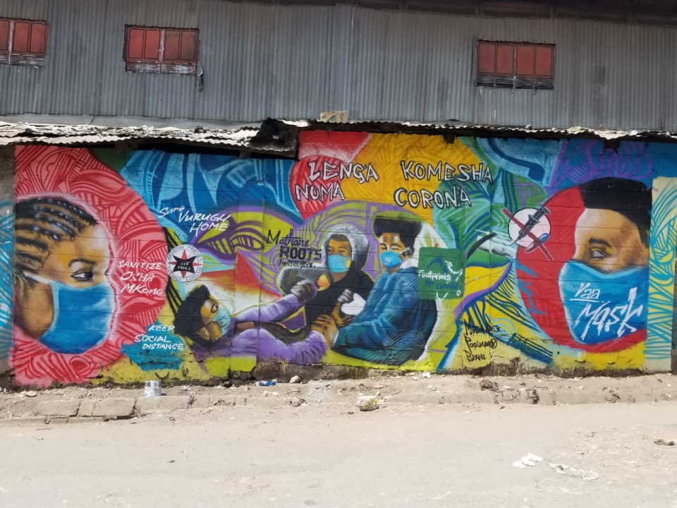 A public mural reminds community members about best practices to prevent the spread of COVID-19. Photo: AFSC/Africa