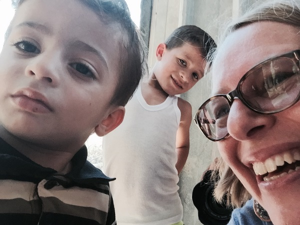 Jennifer with children in Gaza