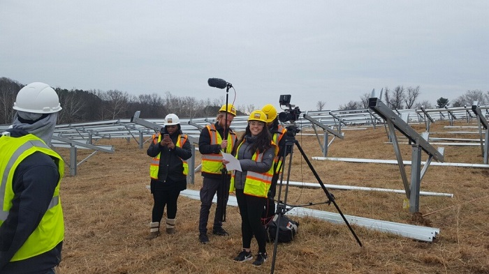 Nikki Richards on set filming for a campaign promotional video highlighting the importance of solar workers and the solar industry. Photo by Jamie DeMarco.