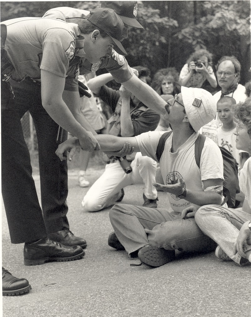 Arnie getting arrested at Seabrook, New Hampshire. Photo: Courtesy Arnie Alpert/AFSC